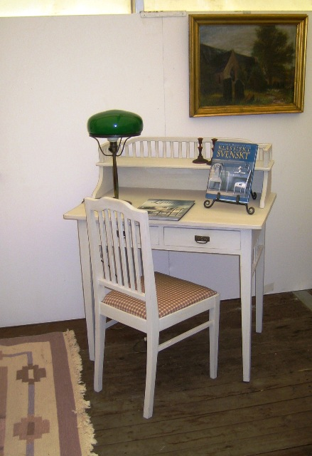 Skrivbord i Carl Larsson stil